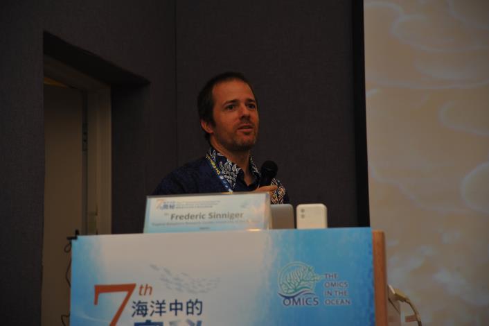 邀請講者 Dr. Frederic Sinniger
