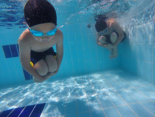 水底憋氣練習