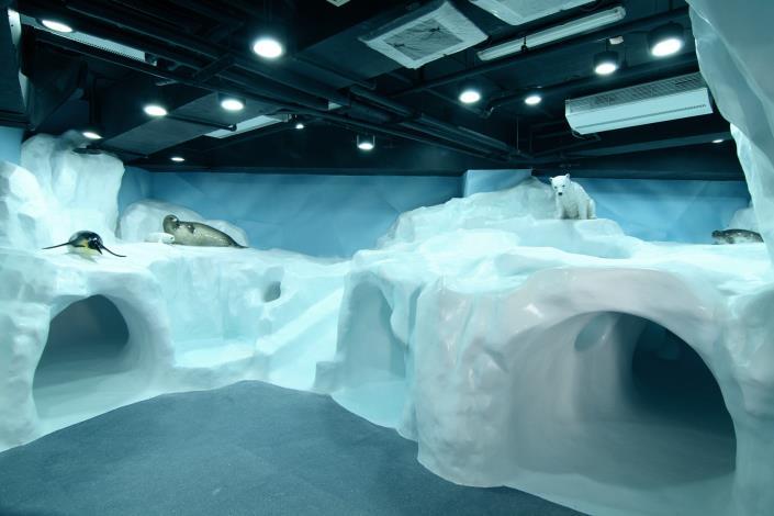 極地探險內部